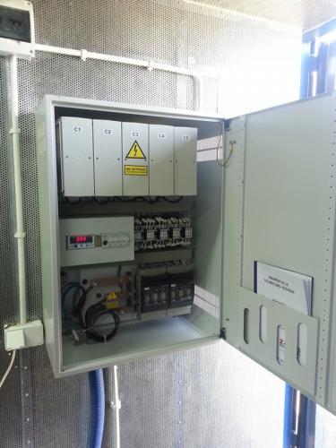 baterie-kondensatorowe-i-dlawikowe-do-kompensacji-mocy-biernej[11]