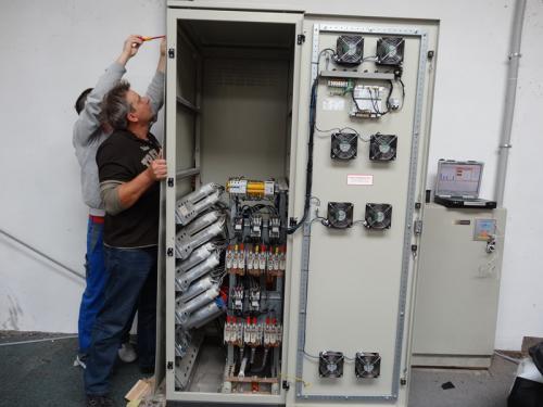 baterie-kondensatorowe-i-dlawikowe-do-kompensacji-mocy-biernej[13]